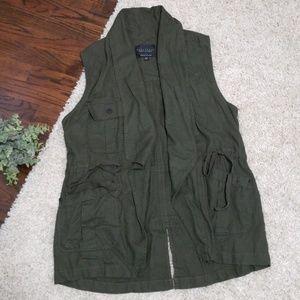 $129 Sanctuary Olive Traveller Linen Blend Vest
